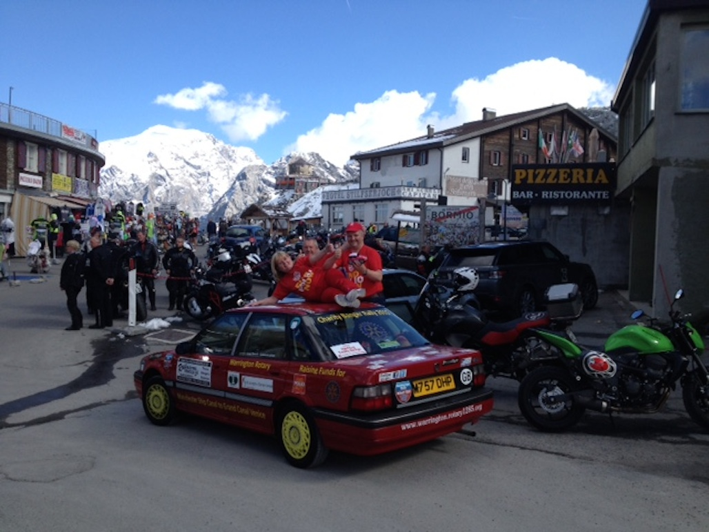 Warrington Rotary Team 1 at the top of the Stelvio Pass