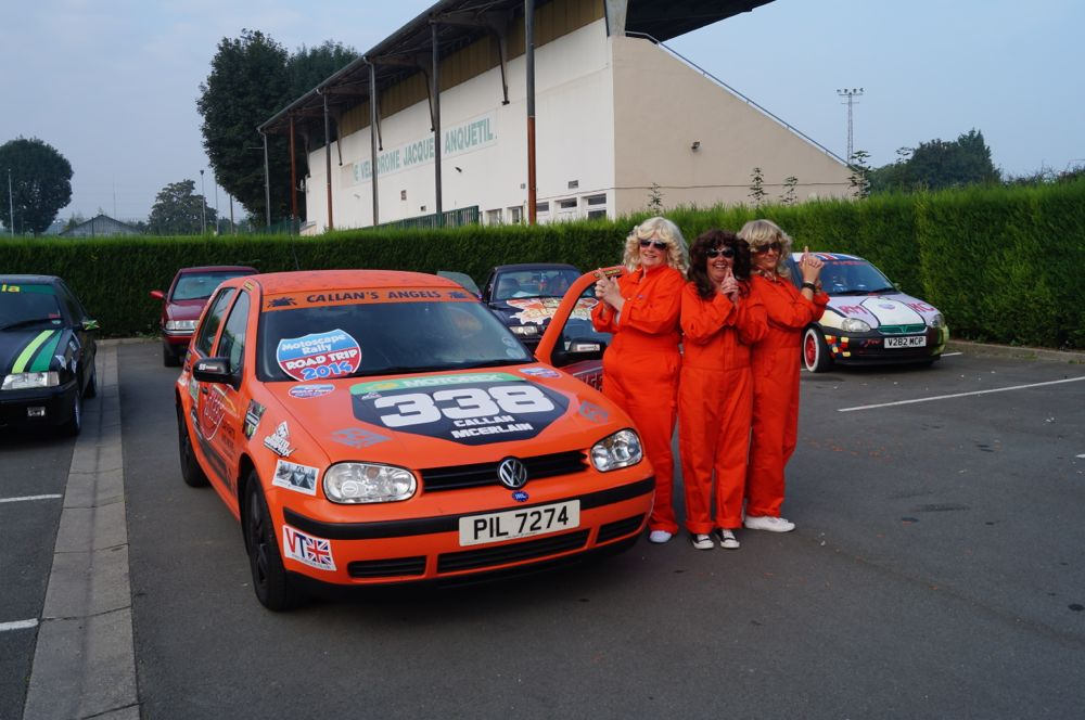 Charlies Angels on a charity rally